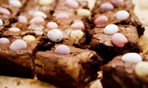 Swirled Easter Brownies