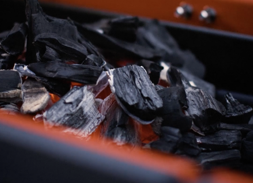Charcoal Range: Fast Flame Ignition System™